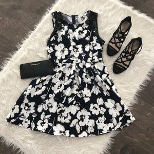 Lush Sleeveless Floral Dress